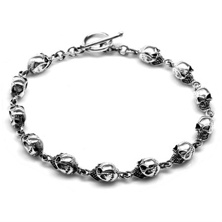 925 Sterling Silver Skull Toggle Bracelet 9.75 Inch.